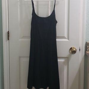 EUC LOFT Beach Dress/Coverup - size Medium
